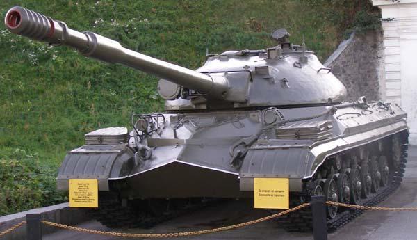 Танк ИС 8