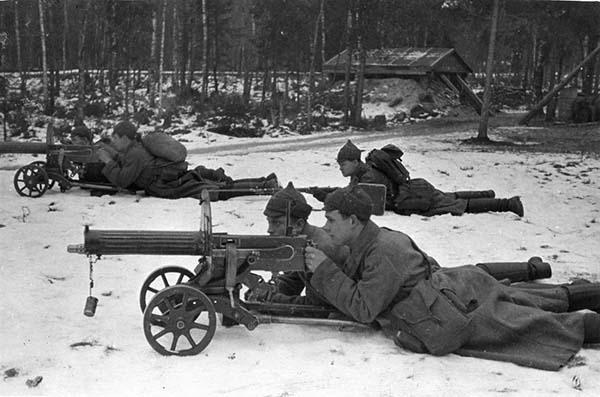 Пулемет Максим фото