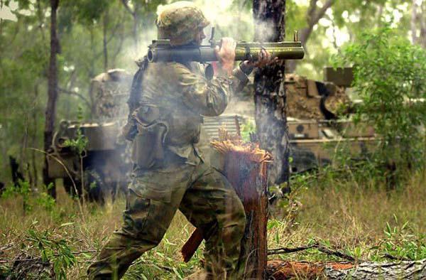 Выстрел гранатомета РПГ 18