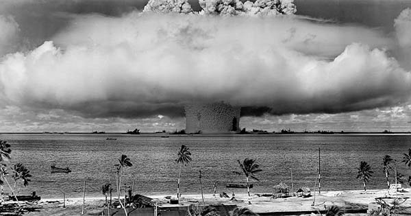 Испытания водородной бомбы