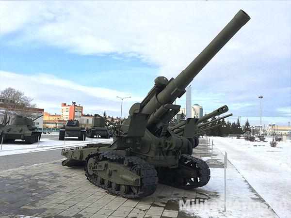 Пушка Б-4