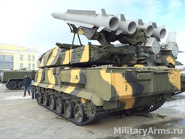 Самоходная огневая установка 9А310 зенитно-ракетного комплекса 9К37