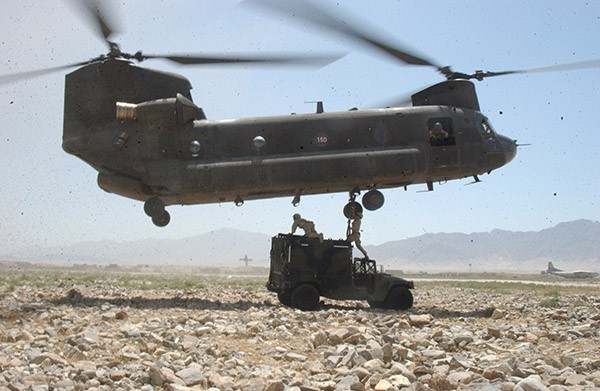 Вертолет Boeing CH-47 Chinook