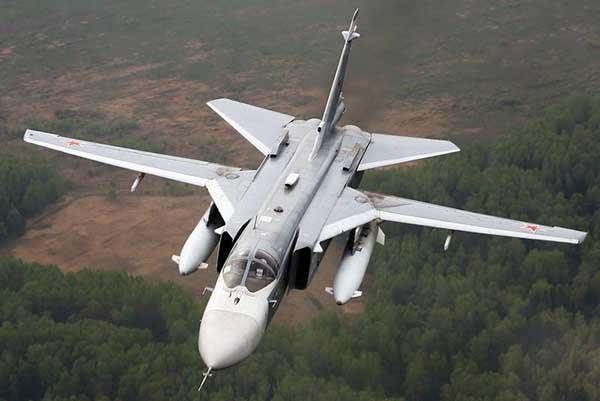 СУ-24 в воздухе