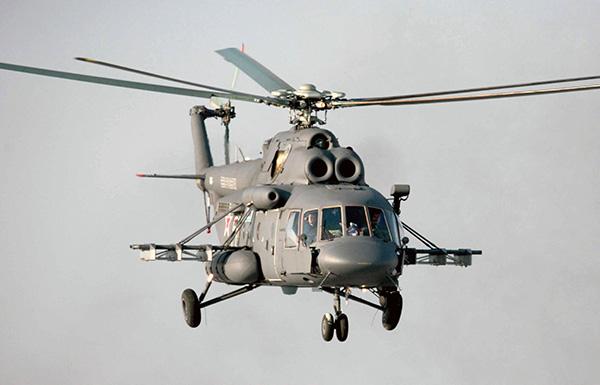 МИ-8 летит