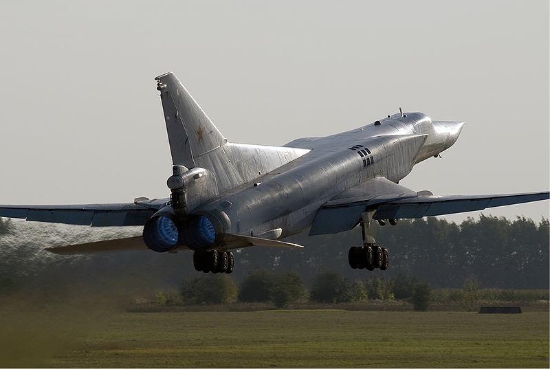 Взлет ТУ-22