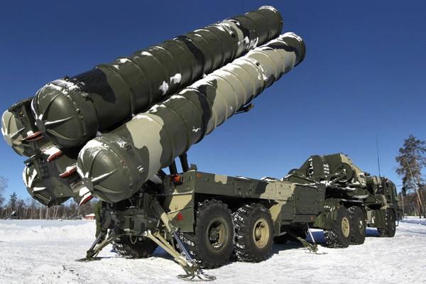 Иран собирается закупить российское оружие на 8 млрд долларов