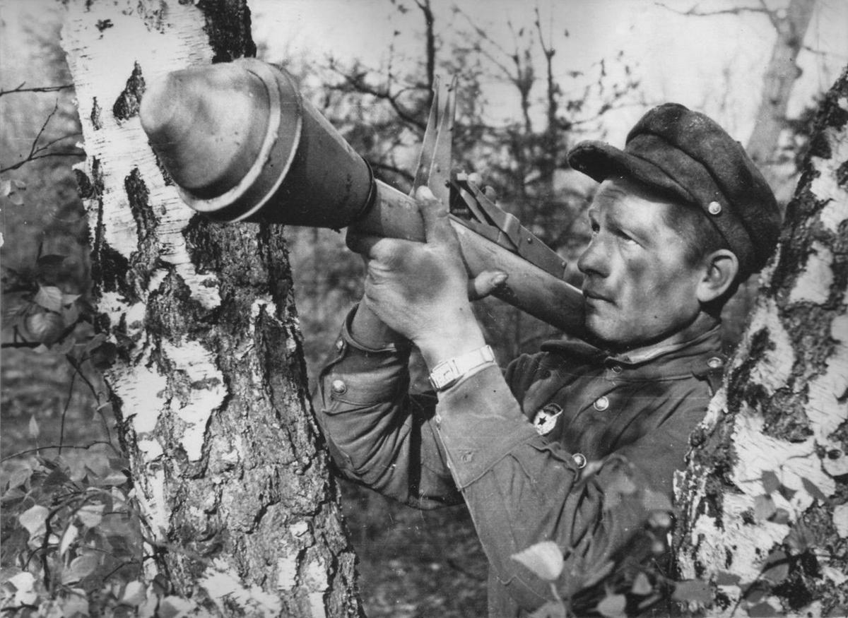 Немецкий гранатомет вермахта Фаустпатрон