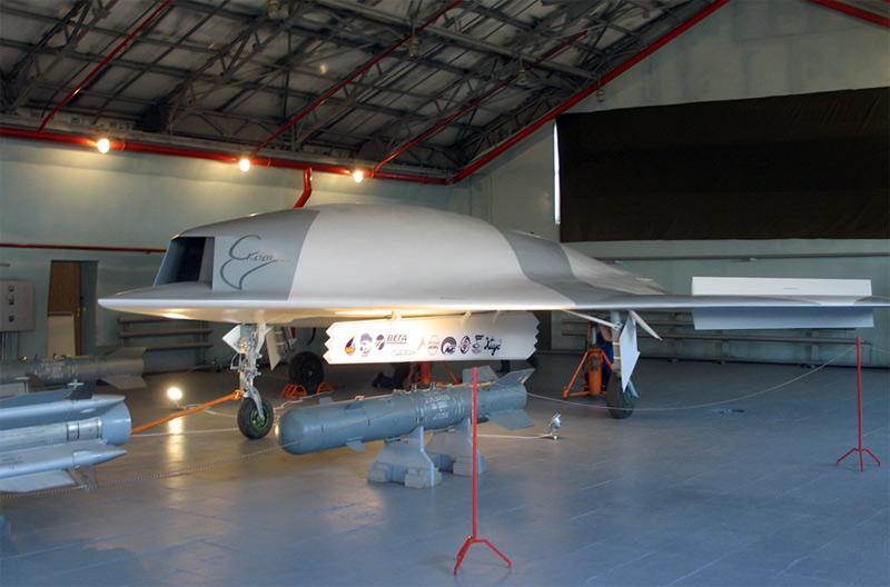 Российский разведывательно-ударный беспилотник Скат