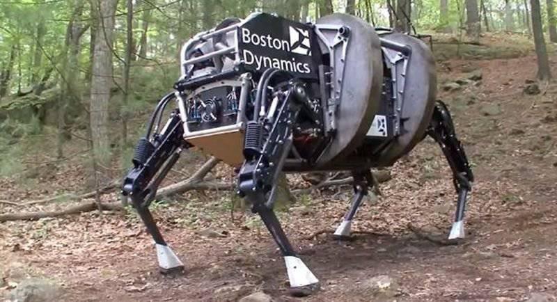 Американский робот-носильщик BigDog
