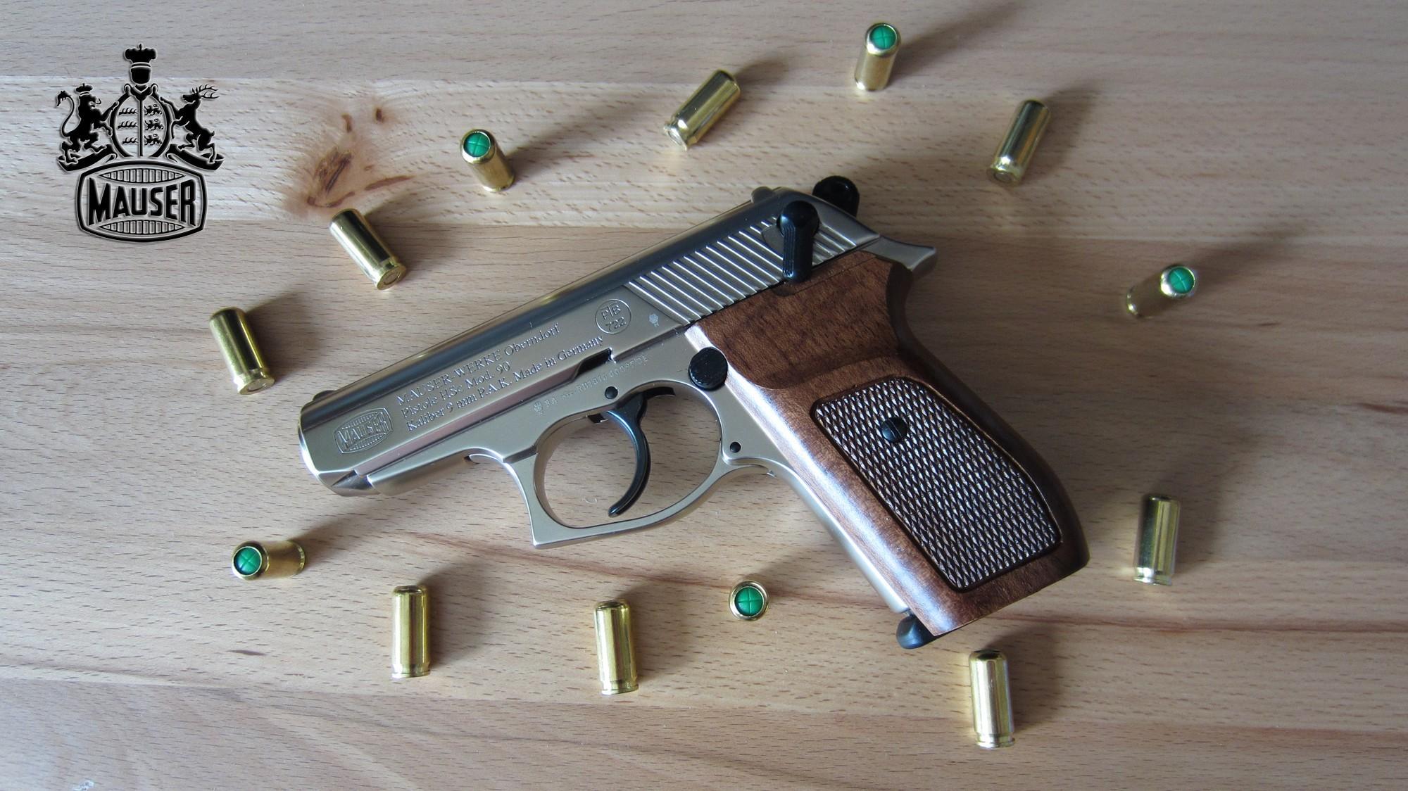 Mauser HSc с патронами