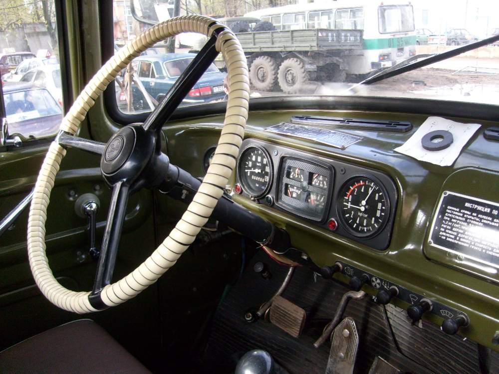 Приборная панель ЗиЛ-130
