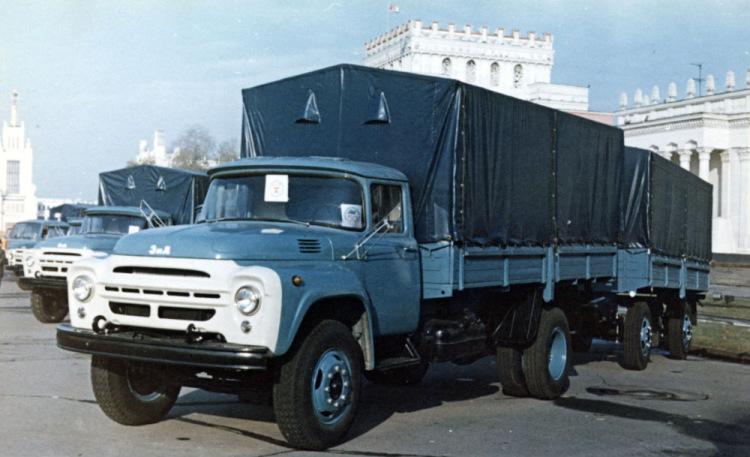 ЗиЛ-130 с тентом