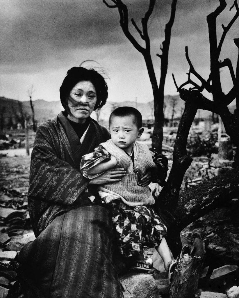 Атомные бомбардировки Хиросимы и Нагасаки