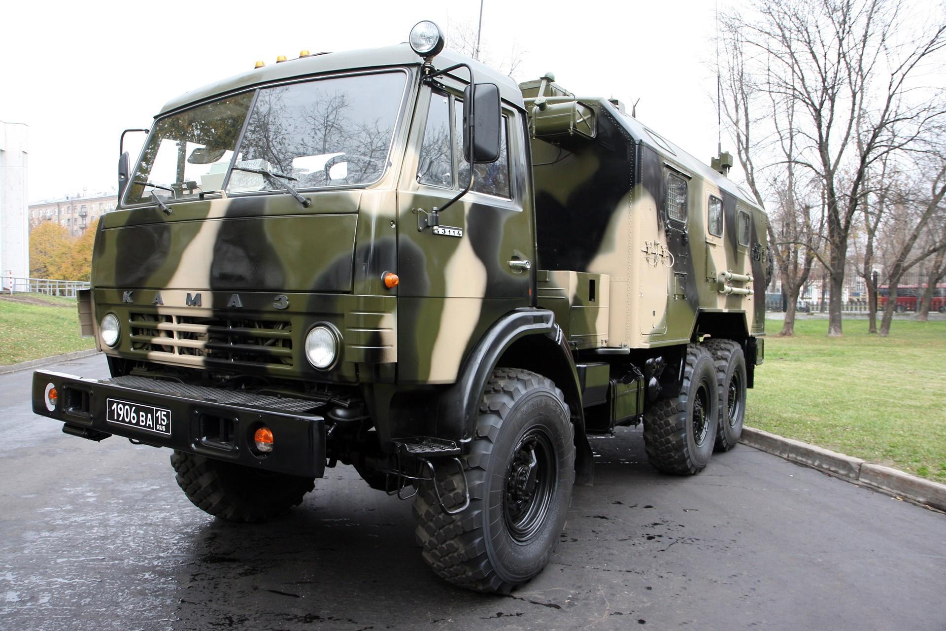 КамАЗ-43113 с жилым модулем