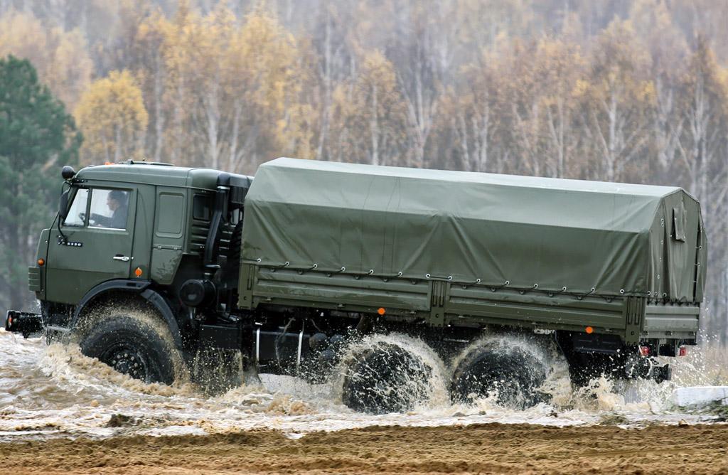 КамАЗ-5350 на бездорожье
