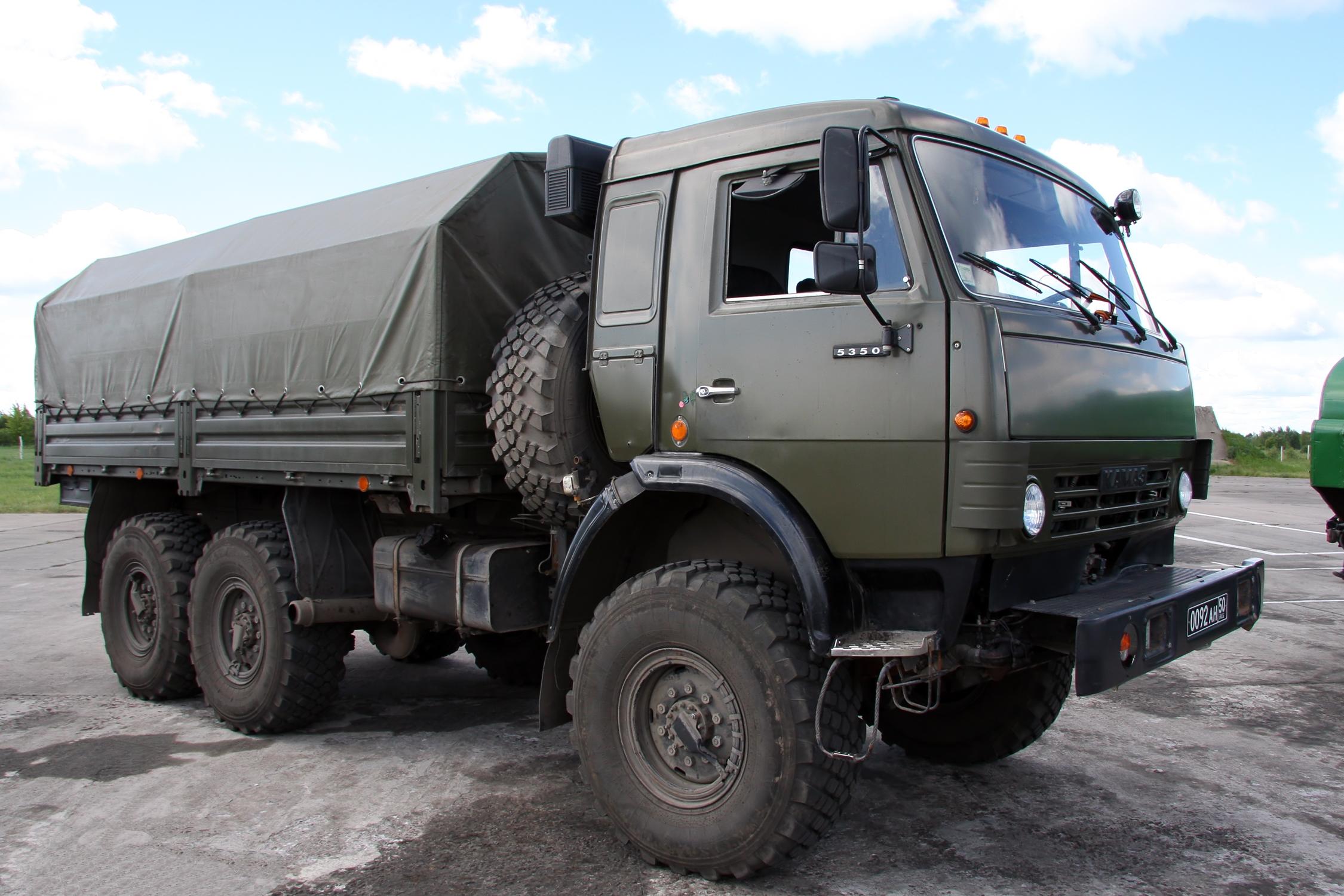 Военный Камаз Технические Характеристики и Расход Топлива  КамАЗ 5350 с крытым кузовом