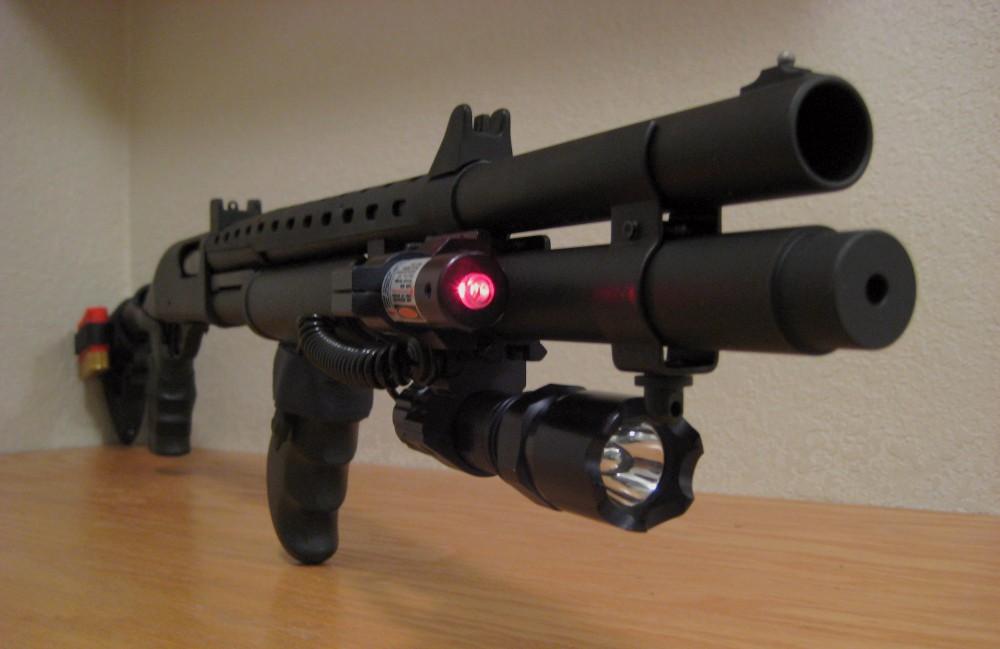 Remington 870 с лазерным прицелом