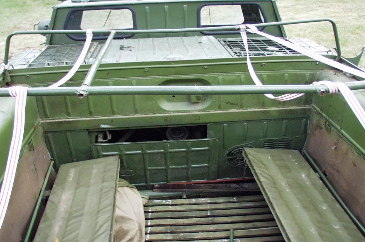 Сиденья в кузове ГАЗ-71