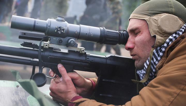 Винтовка Корд в руках снайпера