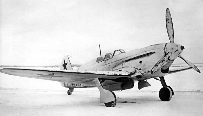 Советский истребитель Як-7: история создания, описание и характеристики