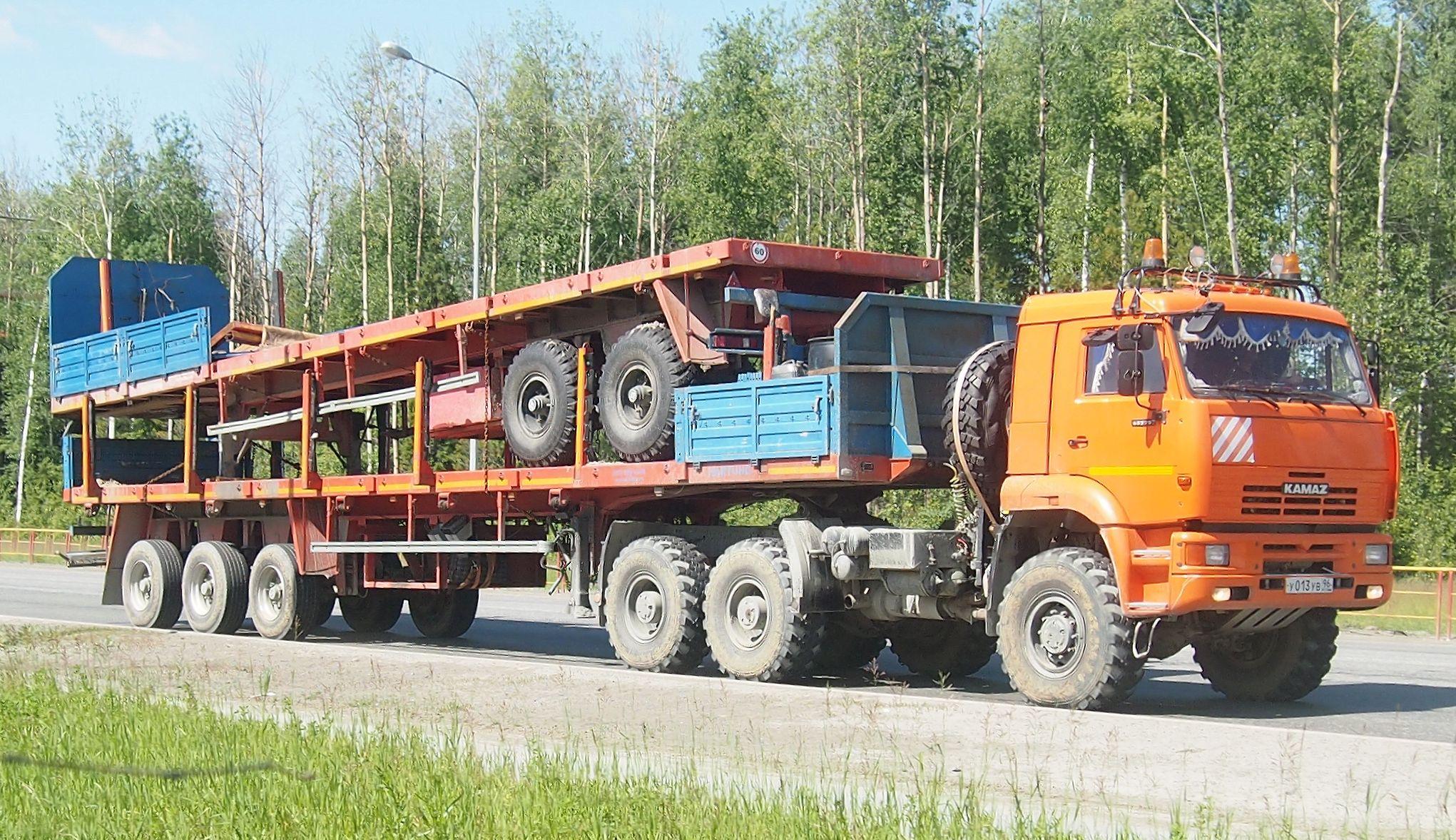 Гражданский КамАЗ-65225