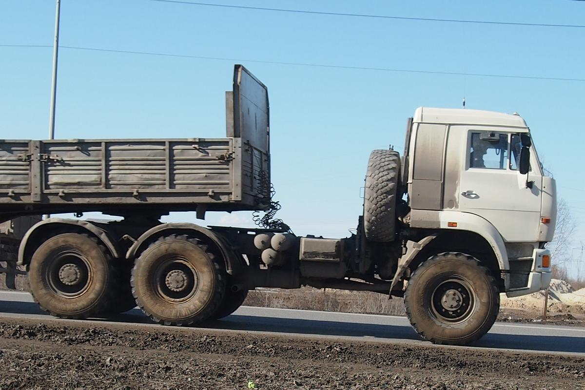 КамАЗ-65225 с прицепом