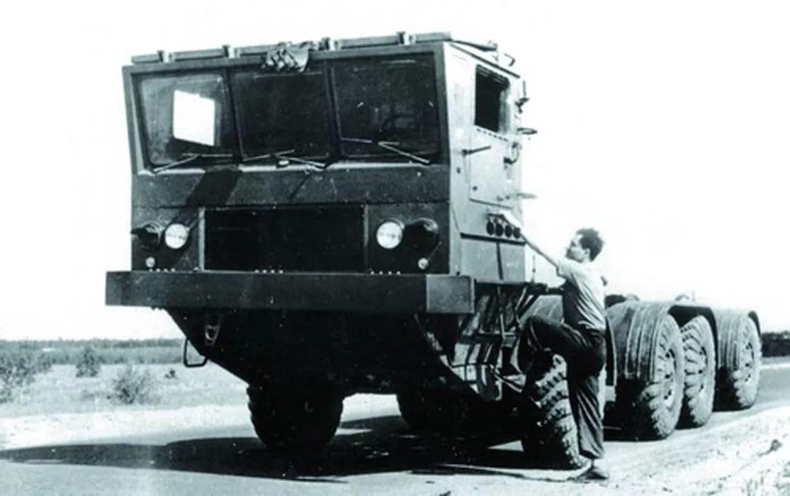 ЗиЛ-135Е