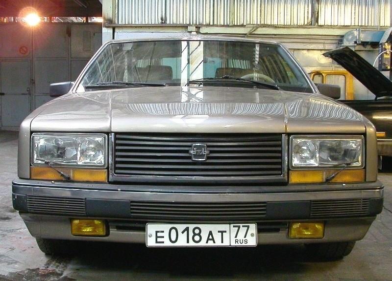 ЗиЛ-4102 с современными номерами