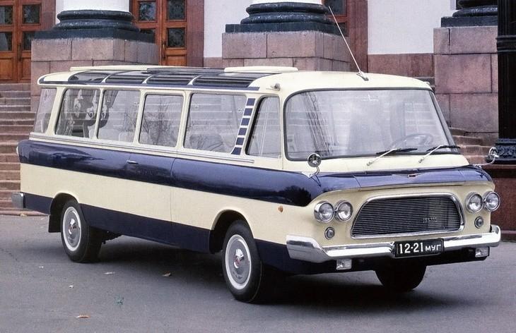 """Советский микроавтобус ЗиЛ-118 """"Юность"""""""