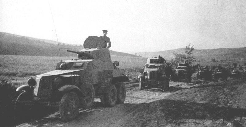 БА-10 на фронте