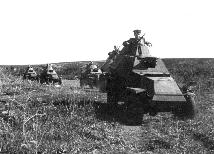 БА-64 на фронте