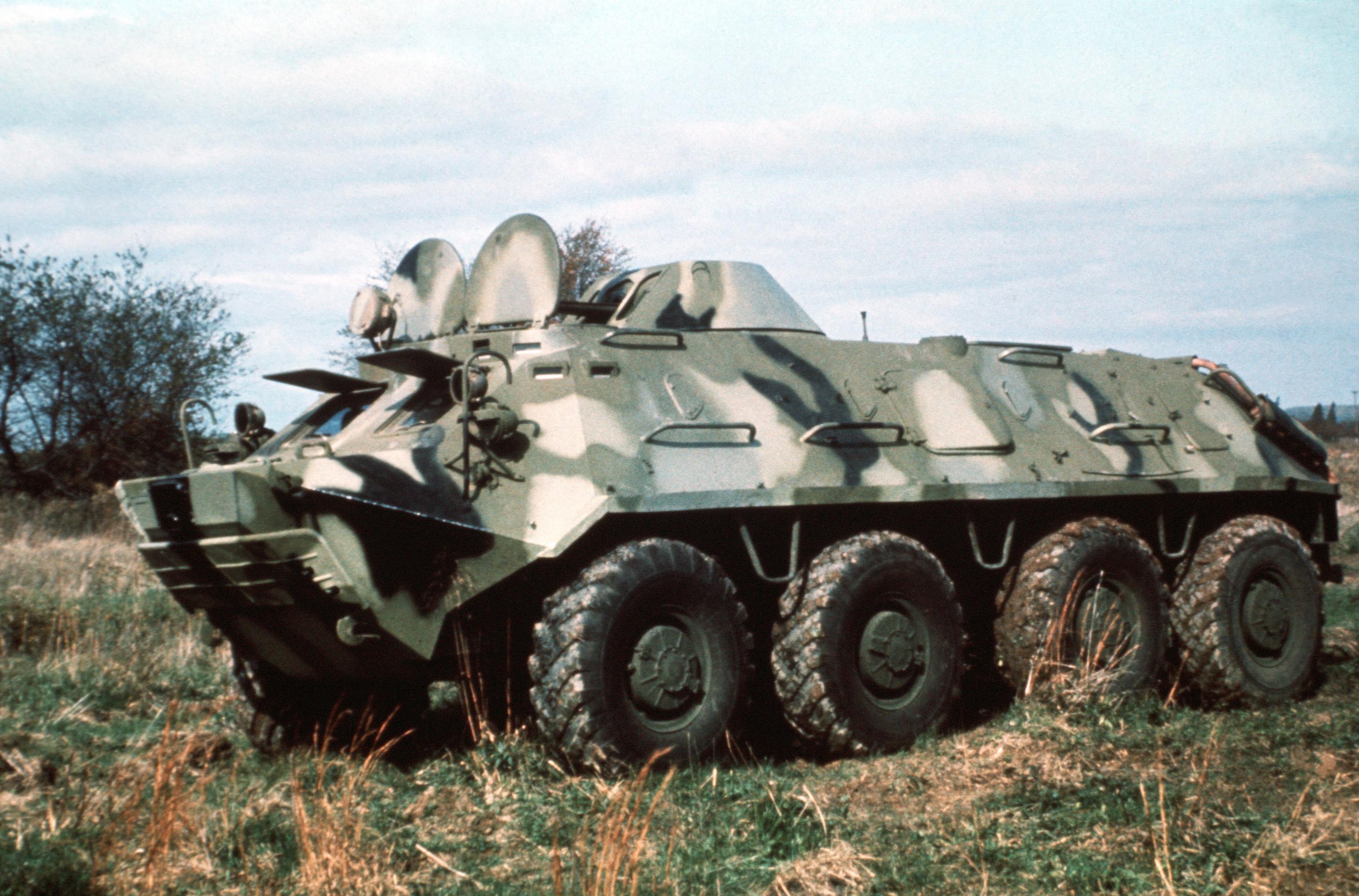 БТР-60 в поле