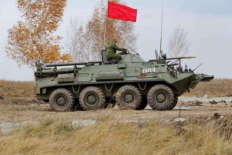 БТР-60 в полевых условиях