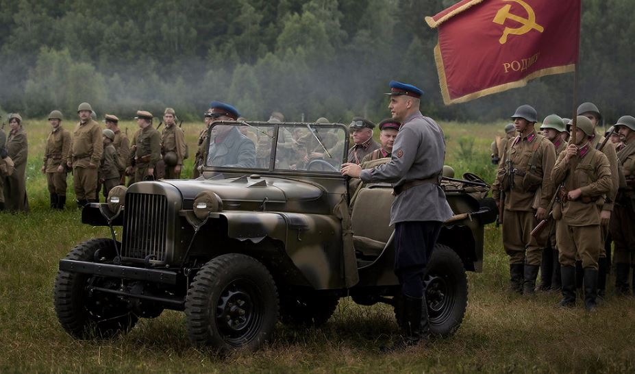 ГАЗ-64 на поле боя