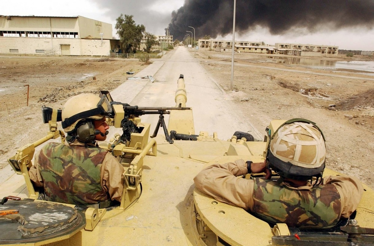 Челенджер-2 состоит на вооружении армий Великобритании и Омана