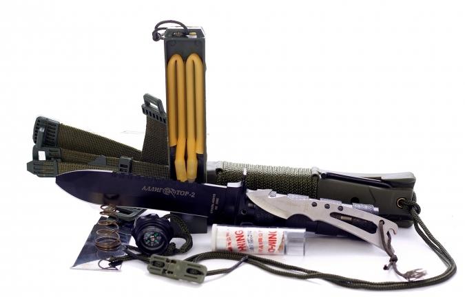 Аллигатор - нож для выживания с пилой и скальпелем