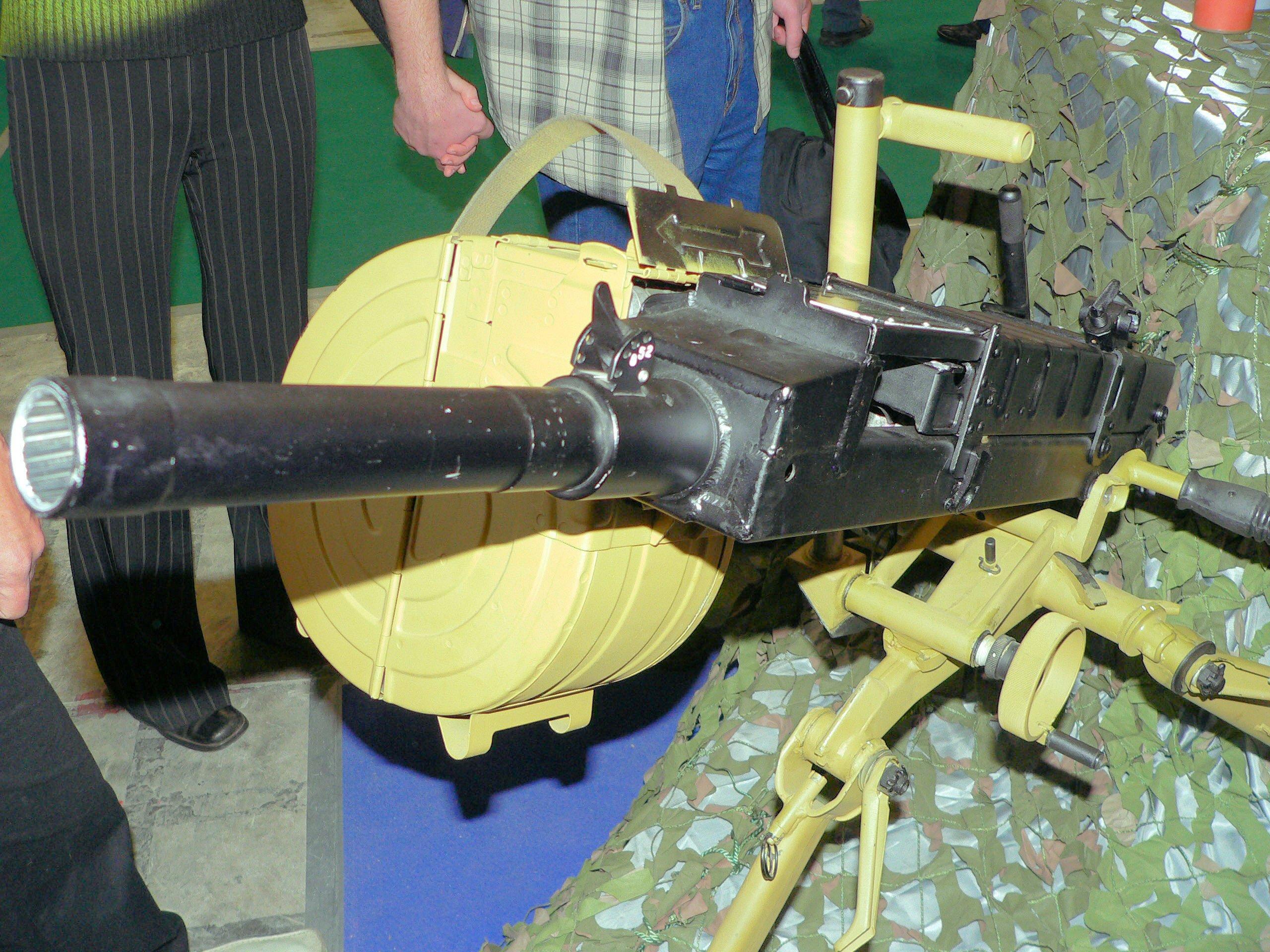 Безударная автоматика затвора АГС-30 повышает точность и кучность стрельбы