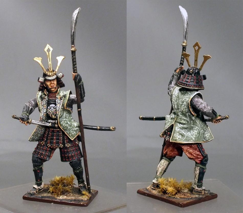 Древнеяпонские статуэтки самураев