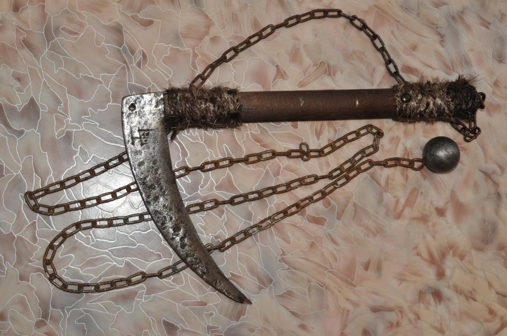 Кусаригама сделанная из сельскохозяйственного серпа