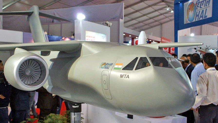Макет транспортного самолета
