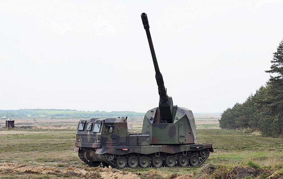 Самоходная артиллерийская установка PzH2000
