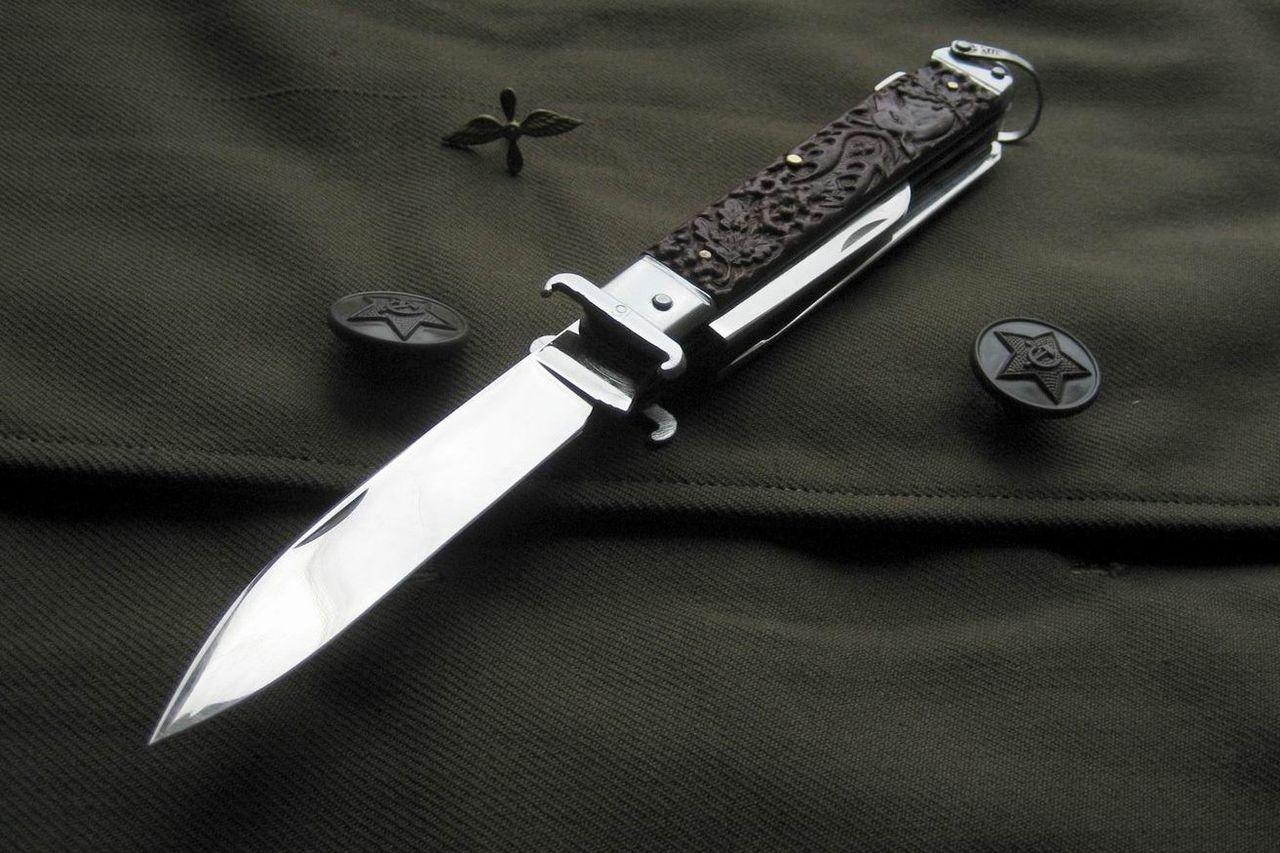 Складная модель охотничьего ножа
