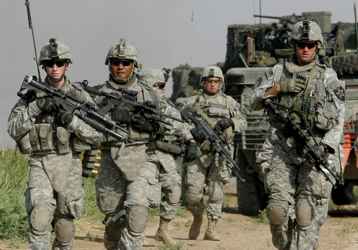 Солдаты армии США на марше