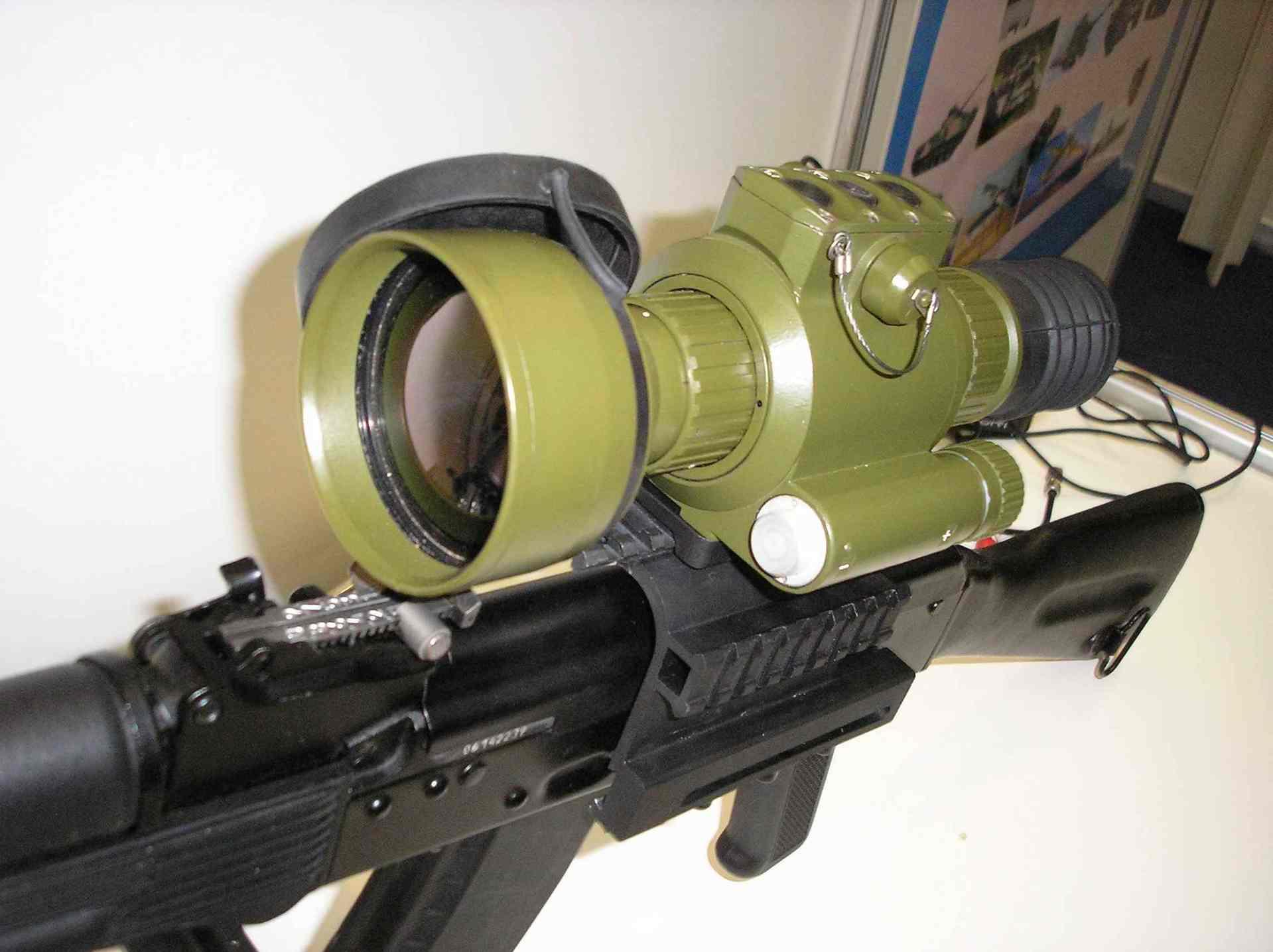 Тепловизионный прицел на винтовке