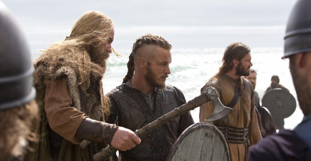 Викинги с боевыми топорами