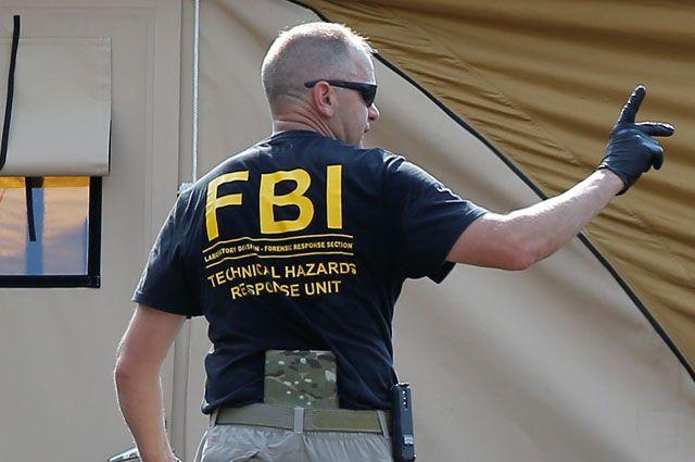 Агент ФБР перед штурмом здания