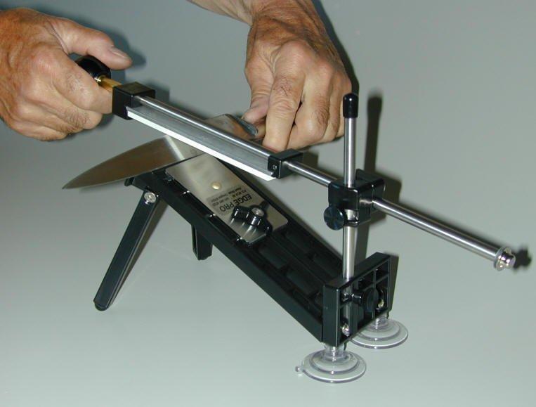 Бытовой прибор для заточки ножей