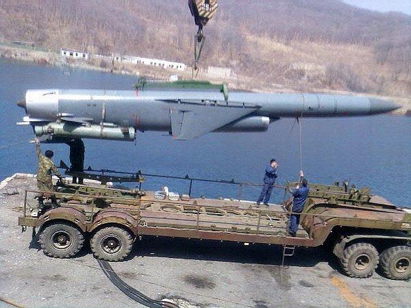 """Ракеты """"Базальт"""" на вооружении крейсера"""