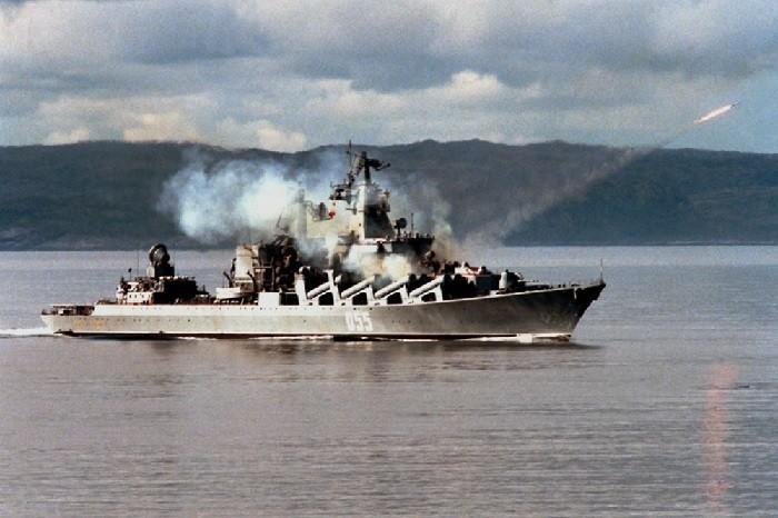 Запуск ракеты с крейсера